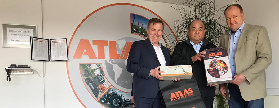 v. l. Jörg Hoffmann, Kazuo Okumoto, Wolfgang John, CFO ATLAS
